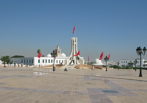 tunis-place-independence